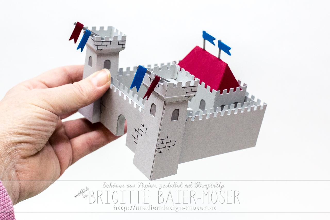 Burg bzw. Ritterburg zugeschnitten mit Silhouette Cameo